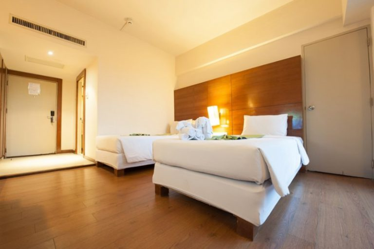 The Seasons Pattaya : Superior Room